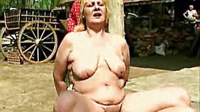Beauté ébène britannique enculée après anulingus porno vf complet