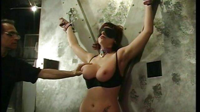 Hot Blonde satisfait une grosse BBC filmpornocomplet