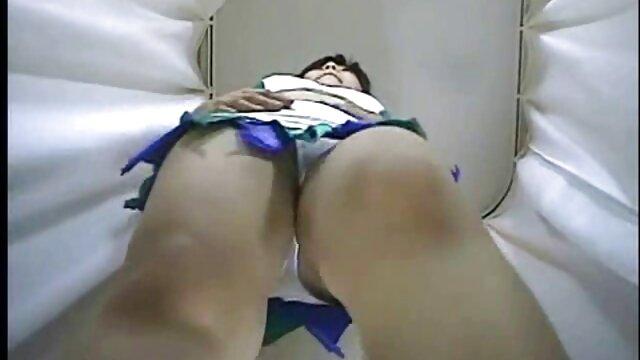 Ado maigre Stacy se fait sodomiser film prno complet